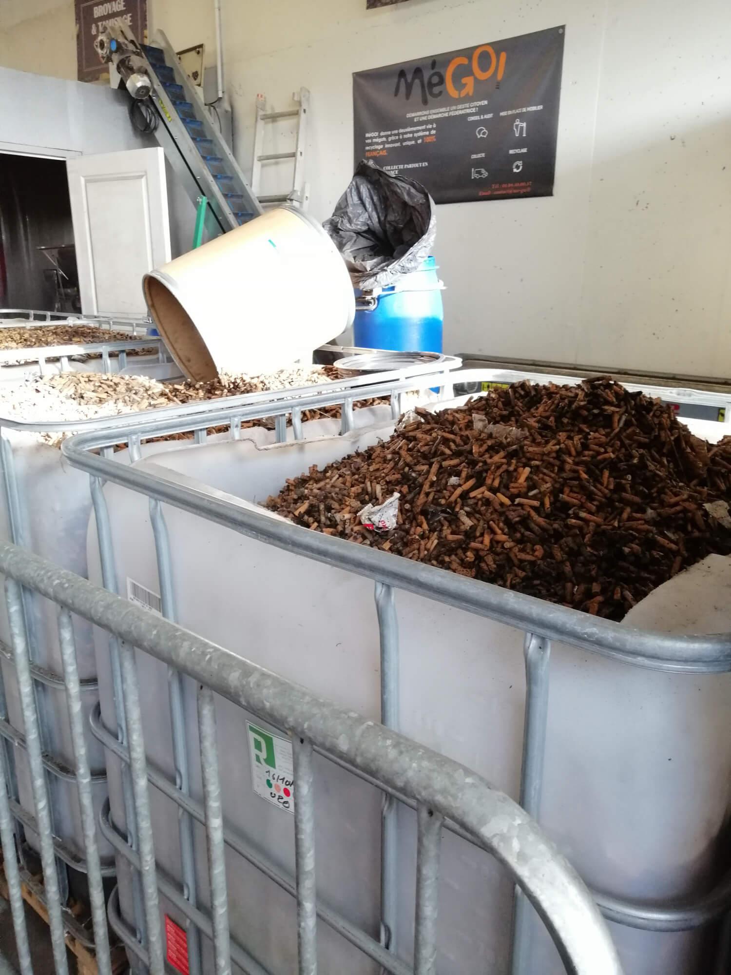 Stockage des mégots de cigarette
